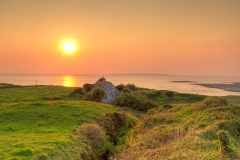 Cottage-in-the-sunset