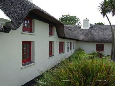 Oreal Thus - 200yr old Dingle Cottage for sale