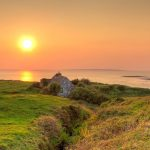 irish-cottage-in-the-sunset