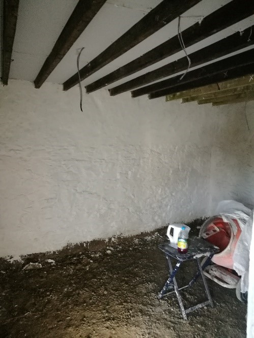 Use of Limewash, Rather Than Plaster, Shows The Texture of Early 18th Century Stonework & Mud Construction